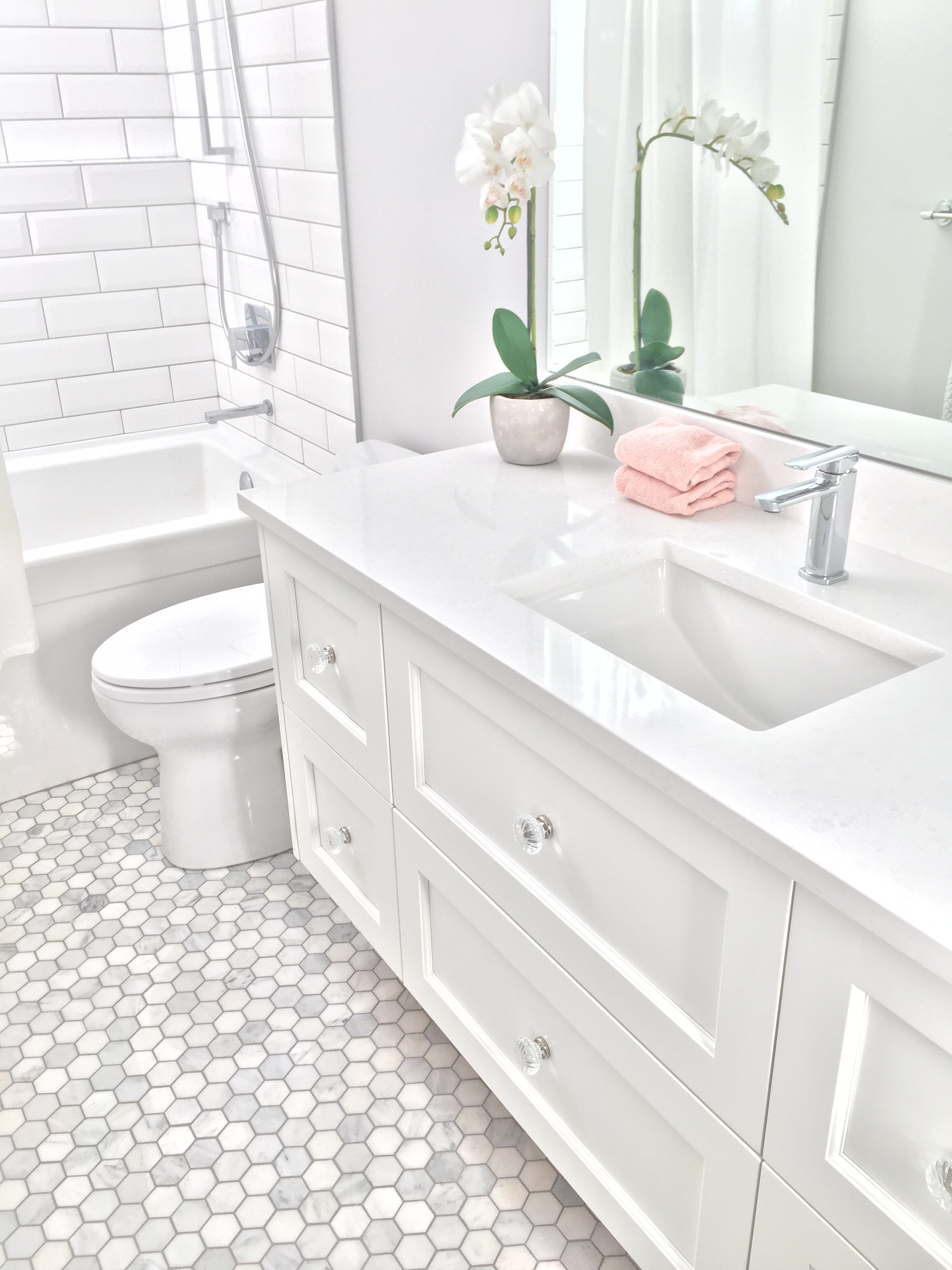 Bathroom vanities - Timeless Kitchens